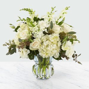 Gala™ Luxury Bouquet - Deluxe
